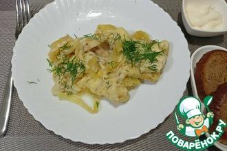 Рецепт: Тушеный хек с картофелем в мультиварке