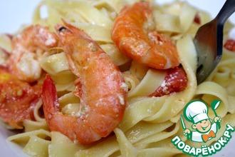 Рецепт: Паста с креветками и помидорами