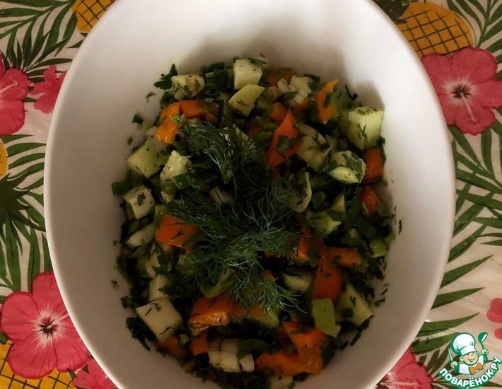 Рецепт: Салат с мексиканским огурцом (чайотом)