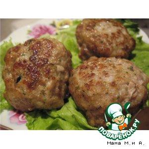 Рецепт: Пикантные мясные биточки