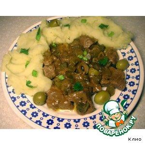 Рецепт: Мясо в луково-огуречном соусе