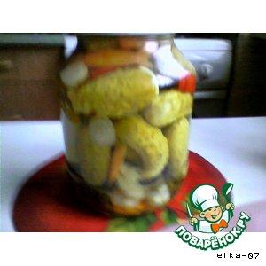 Рецепт: Маринованные огурцы сладкие