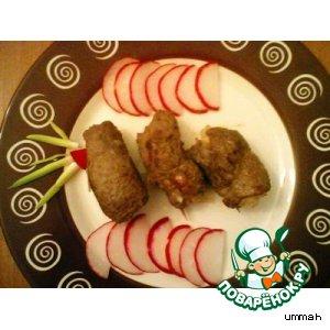 Мясные рулетики с грибами и луком