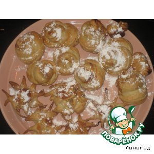 Рецепт: Пирожные из слоеного теста Розы и Звезды
