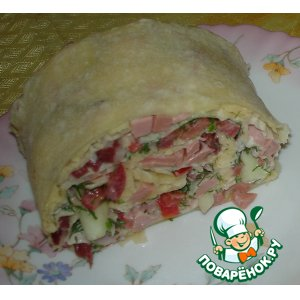 Roll of pita with salad