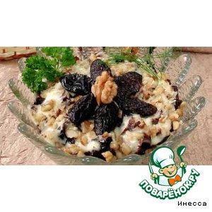 Рецепт: Салат слоеный с черносливом
