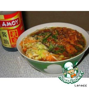Кукси с мясом и салатом по-корейски