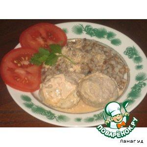 Рецепт: Тефтели в сметанно-томатном соусе