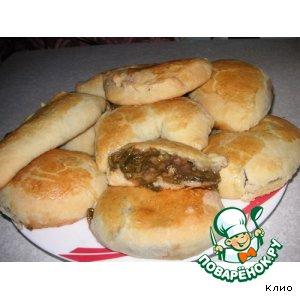 Рецепт: Пирожки со щавелем и сливой