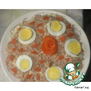 Рецепт: Слоеный салат с печенью трески