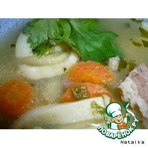 Говяжий суп с домашней лапшой