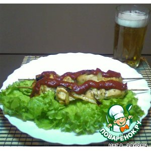 Рецепт: Шашлык куриный домашний с салатом
