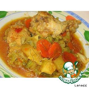 Рецепт: Тушеная капуста с куриными крылышками
