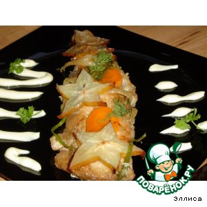 Рецепт Рыба, запеченная под соевым соусом, с карамболой
