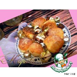 Творожно-малиновые пончики с цитрусовым мороженым – кулинарный рецепт