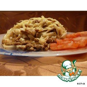 Рецепт: Лапша с итальянским соусом (по мотивам болоньеза)