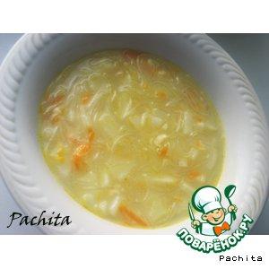 Рецепт: Сырный суп с рисовой лапшой