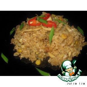 Рецепт: Рис с кальмарами Морской аромат