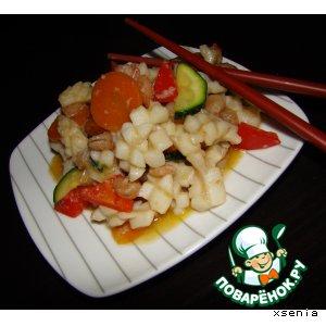 Рецепт: Кальмары и креветки по-китайски с овощами