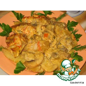 Рецепт: Мясо с картошкой в сливочно-томатном соусе