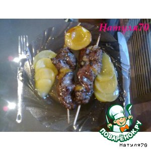Рецепт: Шашлычок из печени индюшки в персиковом соусе