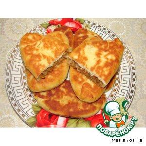 Рецепт: Жареные пирожки с квашеной капустой