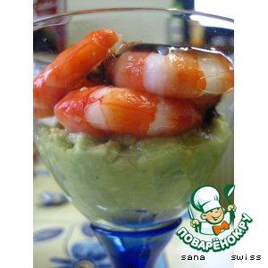 Рецепт: Креветки   в   китайском   соусе   на    авокадо