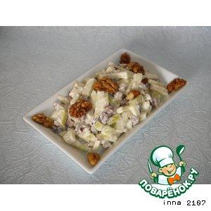 Рецепт: Салат из яблок с грецкими орехами