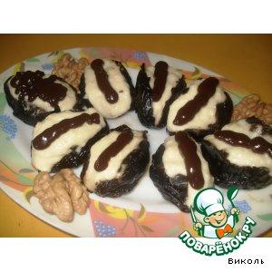 Рецепт: Чернослив, запеченный с творогом