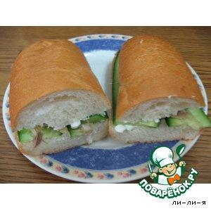 Рецепт Бутерброд с творогом и скумбрией