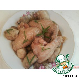 Рецепт: Курица с луком и шампиньонами в красном вине