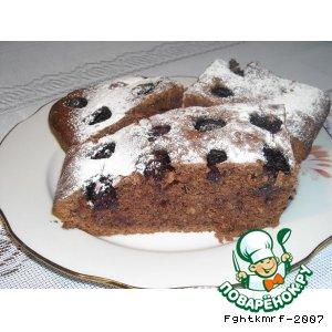 Рецепт: Пирог шоколадно-ореховый с ежевикой