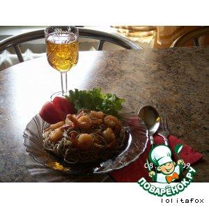 Рецепт: Гречневая лапша с креветками