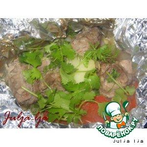 Рецепт: Мясо с картофелем и овощами в мешочках из фольги
