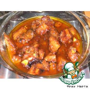 Рецепт: Свиные ребрышки с пикантным вкусом
