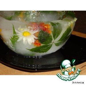 Рецепт: Ледяная чаша с живыми цветами