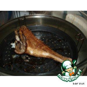 Рецепт: Окунь горячего копчения