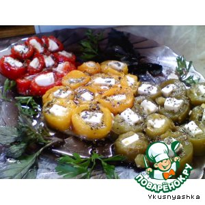 """Рецепт: Фета """"в объятиях"""" болгарского перца"""