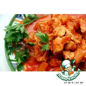 """Рецепт: Куриное филе тушенное с ананасами """"Черноморское"""""""