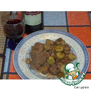 Рецепт: Свинина под соусом из портвейна