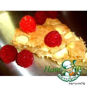 Рецепт: Кокосовый тарт с арахисом и малиной