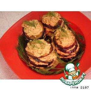Рецепт: Баклажаны под соусом из брынзы и орехов