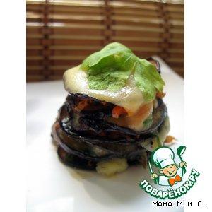 Рецепт: Баклажановые башенки с овощами под сырной шапочкой