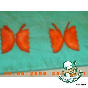 """Рецепт: Украшение из морковки """"Бабочки"""""""