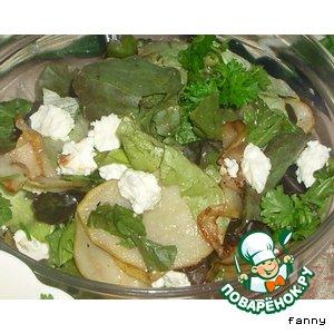 Рецепт: Салат с жареной грушей и овечьим сыром