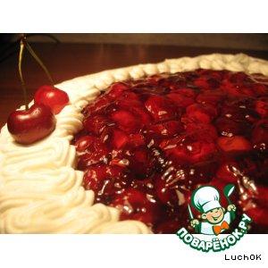 Рецепт: Пирог с черешней и взбитыми сливками