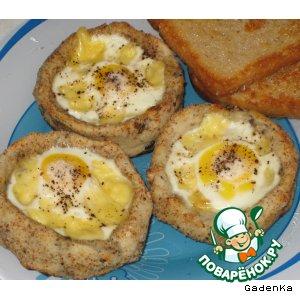 Рецепт: Картофельные гнезда с перепелиными яйцами