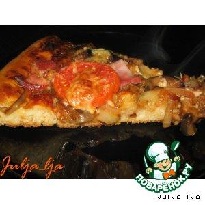 Рецепт: Пицца с баклажанами и копчeным мясом