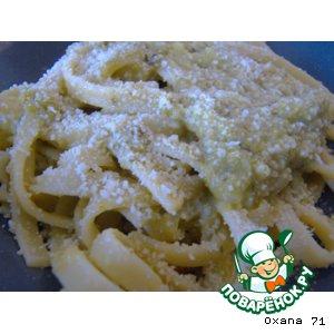 Рецепт: Феттучини с кремом из болгарского перца