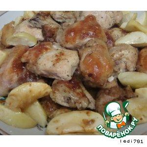 Рецепт: Курица, запеченная с яблоками